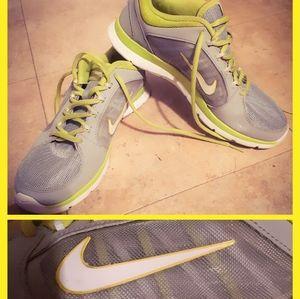 Nike  unisex runners